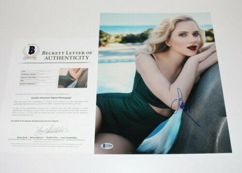 SCARLETT JOHANSSON SEXY ACTRESS SIGNED 11x14 PHOTO BECKETT COA AVENGERS PROOF