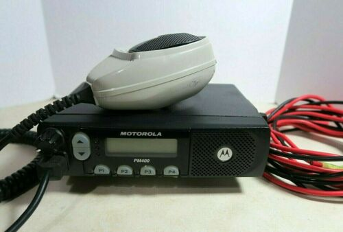 Motorola PM400 VHF Mobile Radio AAM50KQF9AA3AN 146-174 MHz with Microphone