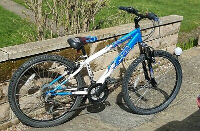 Childs Raleigh 24 inch wheel hardtail mountain bike suit 7 to 10 year old