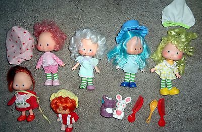LOT VINTAGE  FIGURES STRAWBERRY SHORTCAKE CHARACTERS