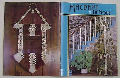 Macrame Patterns A La Mode Instructions Plant Hangers 1978 Hammock Wine Bucket](Macrame Plant Hanger Instructions)