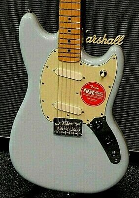 2021 Fender Player Mustang Electric Guitar! Sonic Blue Finish! MINT! NO RESERVE!