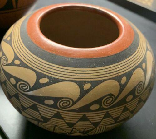 Rondina Huma Hopi Pottery Bowl Tewa Village Handmade with 1st place ribbon AZ