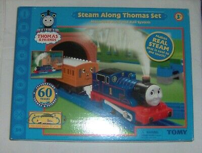 THOMAS STEAM ALONG TRAIN SET NEW NEVER OPEN PLAY SET 2005 AGES 3-7 RARE