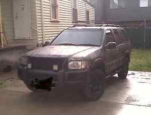 Custom 4x4 2000 nissan pathfinder Wallsend Newcastle Area Preview
