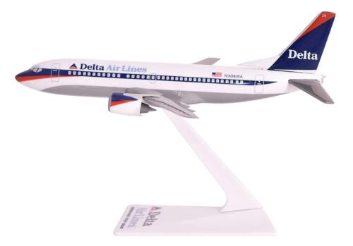 DELTA   AIRLINES   Boeing 737-300   DESK MODEL 1997 - 2000
