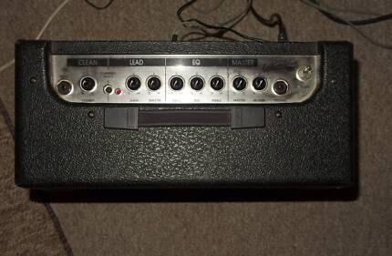 Hughes & Kettner Edition Blue 15 watt Guitar Amp