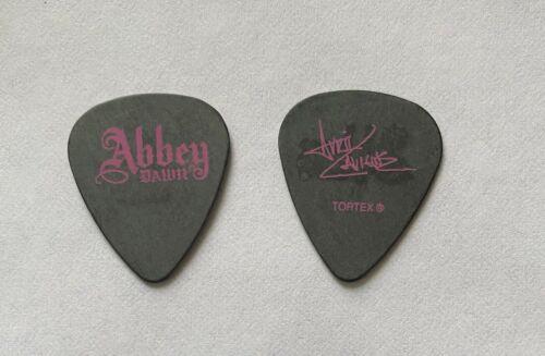 AVRIL LAVIGNE - Abbey Dawn Signature 2010 Tour Issued Guitar Pick Black & Pink