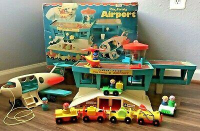 Vintage Fisher Price Play Family Airport #996 Original Box Complete