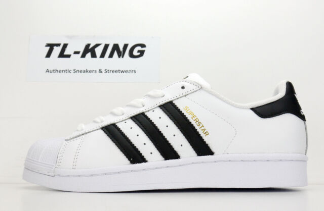 new style 908f2 35103 Adidas Originals Superstar J GS Youth Shell Toe White Black Gold C77154