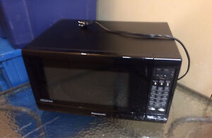 Panasonic Inverter Microwave $60 REDUCED was $75