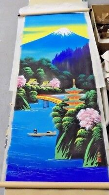 VINTAGE CHINESE SILK PAINTING