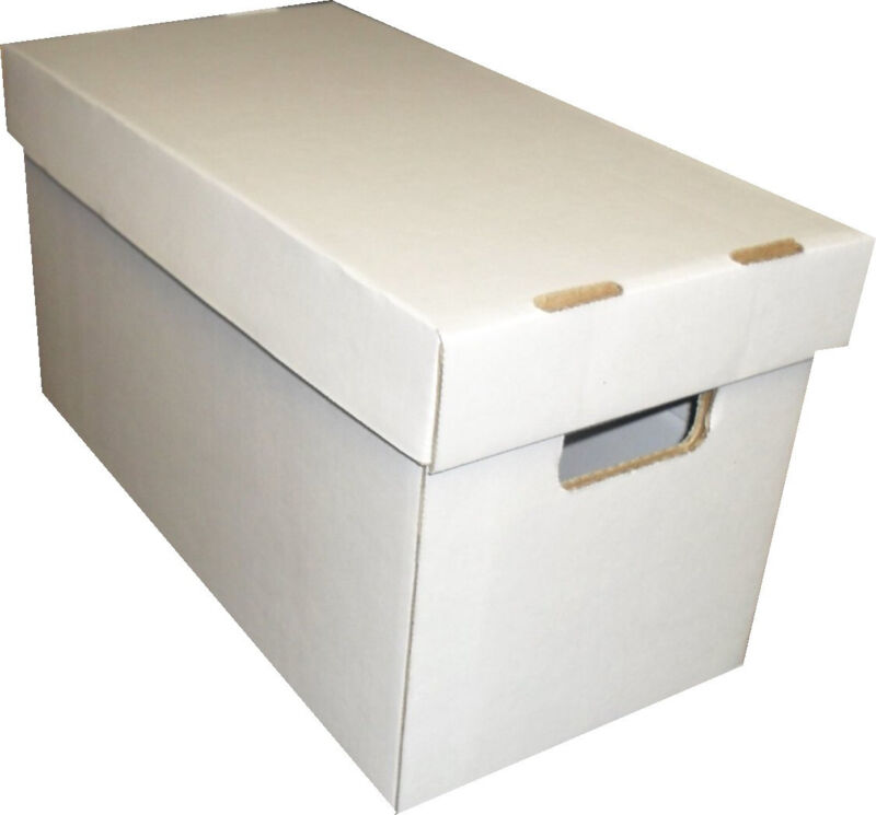 (1) SHORT COMIC BOOK WHITE CARDBOARD STORAGE BOX HOLDERS with LID