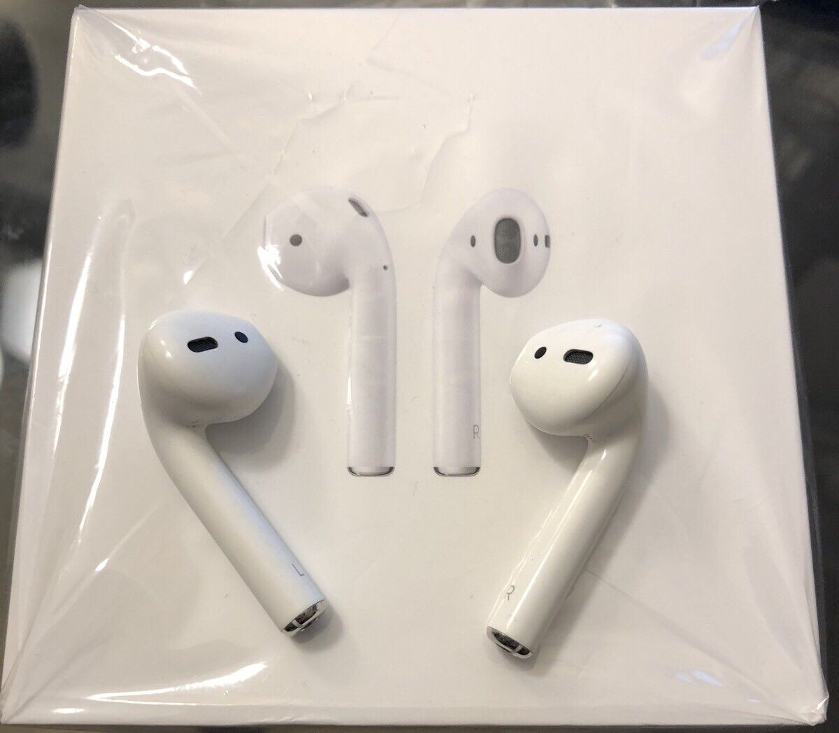 NEW 2nd Gen APPLE AirPods LEFT & RIGHT EAR BUDS ONLY from AP