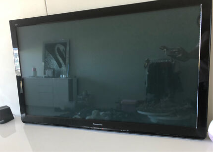 55 inch Samsung 3D plasma (furniture)