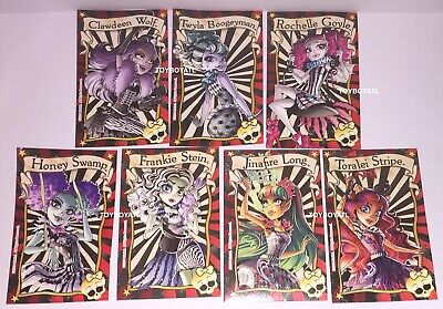 Monster High Freak du Chic Doll 7 Poster Collector Cards Rochelle Twyla Clawdeen