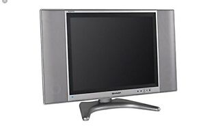 TV SHARP AQUOS LCD  ÉCRAN PLAT 13 po