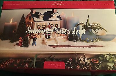 Dept 56 Snowy Pines Inn Snow Village Tree Boxed Set Figurines Xmas