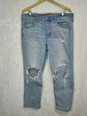 - American Eagle Women's Jeans Tomgirl High Waist Distressed Light Wash 14 SHORT