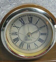 Mantel Clock Wooden Roman Numbers Face Quartz Gold Tone Int. Silver Company