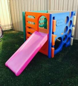 Little Tikes Activity Cube Playgym playhouse all in one Ocean Reef Joondalup Area Preview