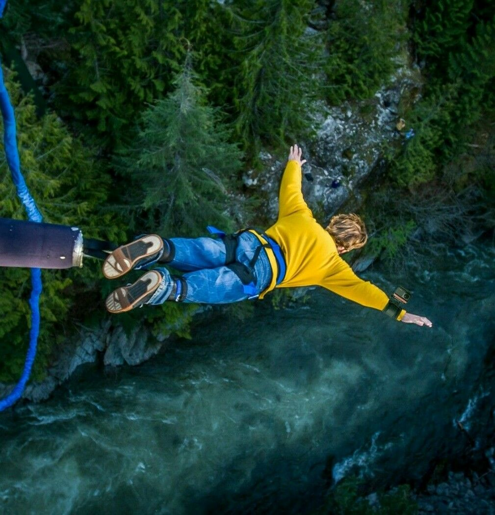 Insta360 Bungie Bundle Kit Perfetto per il Bungee Jumping