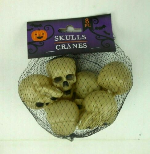 8 Plastic Skulls Cranes Bag of Halloween Skulls