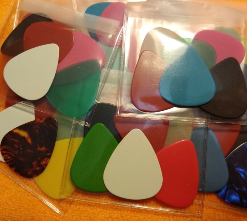 Guitar Picks. 6 Pack. Random Colors And Gauges. Free Shipping!