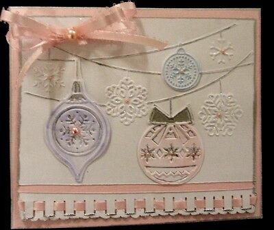 Breath-taking HANGING BAUBLES SNOWFLAKES ON FILAMENT Emboss folder + Stampin Up - Hanging Snowflakes