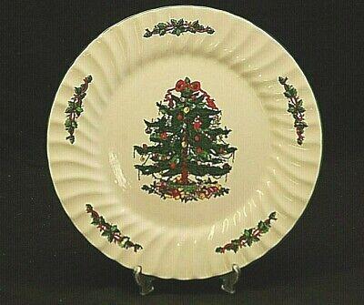 Classic China CHRISTMAS VILLAGE 10-3/8