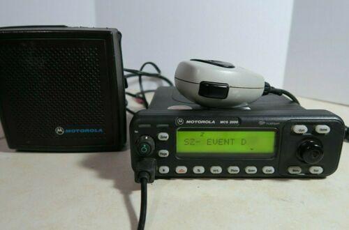 Motorola MCS2000 M01UGM6PW6BN Dash Mount Radio 806-870 MHz w/ Mic & Speaker