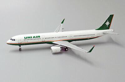 Jc Wings LH2096 1/200 Uni Aire Airbus A321 B-16210 con Soporte
