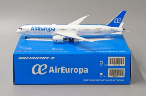 Air Europe B787-9 Reg: EC-MSZ JC Wings Scale 1:400 Diecast Models XX4050