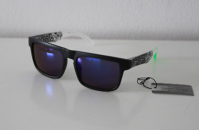 Oramics Sonnenbrille Blau BL 8152-4, Rahmen Schwarz und Brillengläser Blau