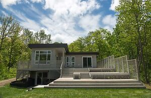 Grand Lake: Contemporary Waterfront House