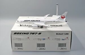 JAL B787-8 Reg: JA844J JC Wings Scale 1:200 Diecast Models XX2158