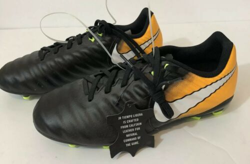 Nike soccer cleats shoes youth 6Y Tiempo Ligera IV FG black