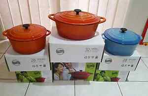 BRAND NEW  VALYRIAN CAST IRON DUTCH OVENS.. RRP $299+ Condell Park Bankstown Area Preview