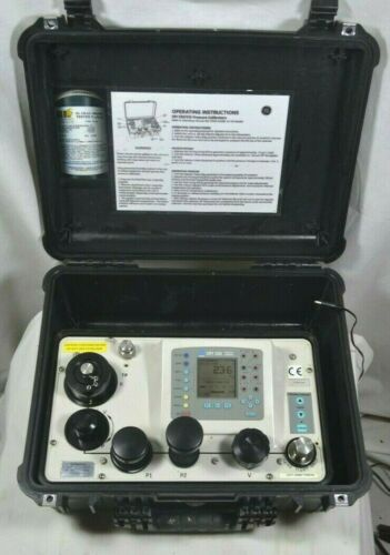 Druck DPI 330 Pressure Calibrator (Up to 10,000 PSI / 700 bar)