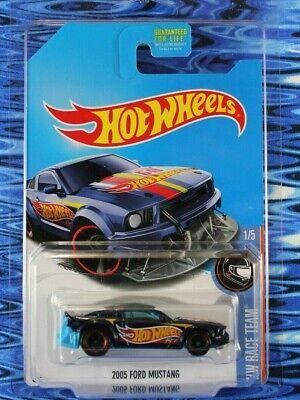 2017 Hot Wheels 2005 Ford Mustang Super Treasure Hunt w/Protector Box Shipped