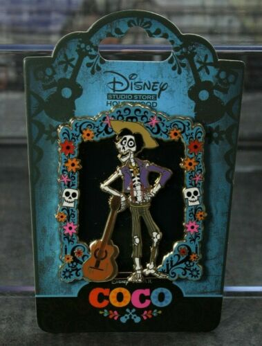 B1 Disney DSF DSSH Pin LE 300 Coco Pixar Stained Glass Hector