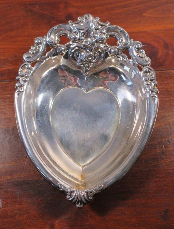 Wallace Baroque Silverplate Heart BonBon Dish #727