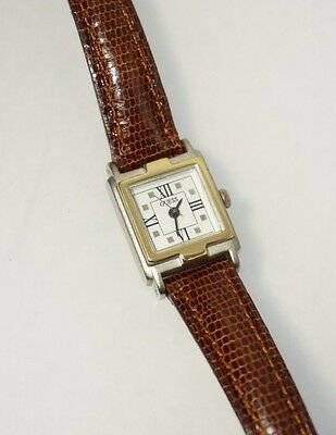 GUESS Woman's Retro 1997 Watch Brown Leather Strap Analog Dial