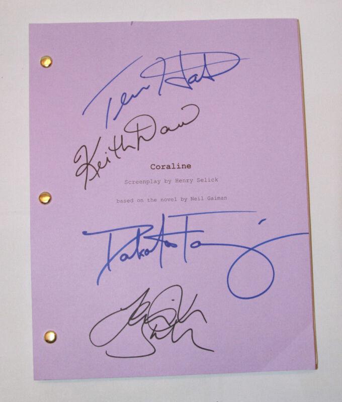 CORALINE Full cast signed script Dakota FANNING Teri HATCHER SAUNDERS autograph
