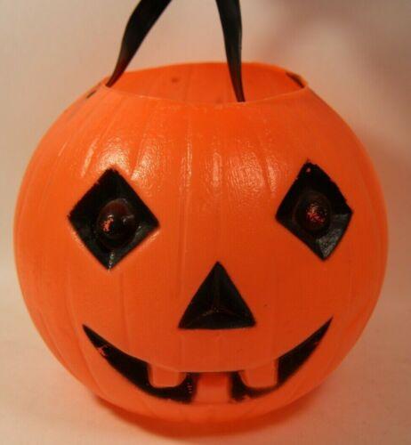 Vintage Pumpkin Jack O Lantern Plastic Candy Pail Bucket Diamond Eyes Buck Teeth