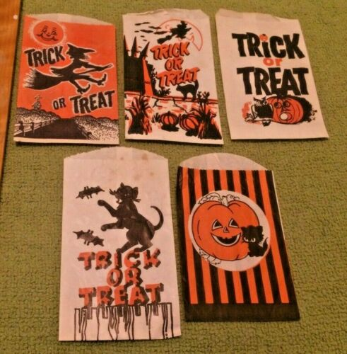 5 Antique Halloween Trick or Treat Bags Decor Witches Black Cats Horror Primitiv