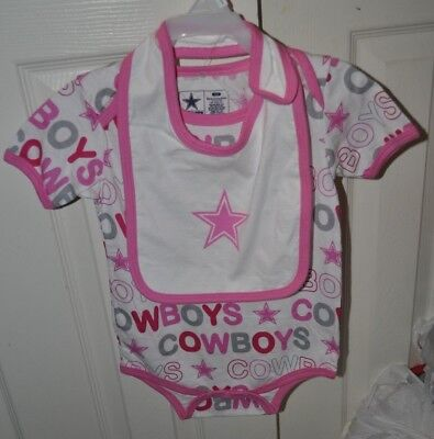 Baby Girl Dallas Cowboys (Dallas Cowboys NFL Girls Infant 24 month One Piece W/ Bib set Pink New With Tag)