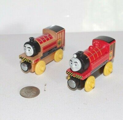 Thomas & Friends Wooden Railway Tank Engine Train - Victor Lot x2 - EUC - Wood