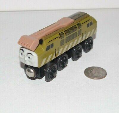 Thomas & Friends Wooden Railway Train Tank Engine Diesel 10 w/ Sliding Claw GUC