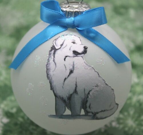 D099 Hand-made Christmas Ornament dog - Great Pyrenees - herd guardian watching